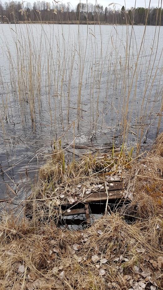 Finsko, jezero, staré molo