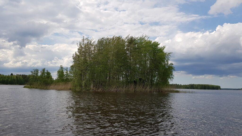 Náš ostrov, jezero, Finsko