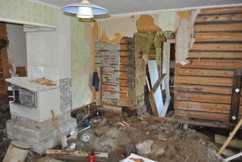 Finsko, rekonstrukce staré dřevostavby