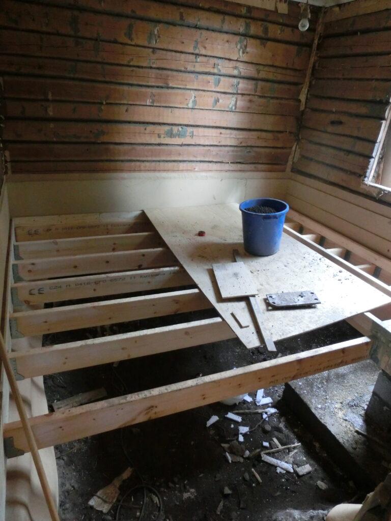 Ložnice, rekonstrukce, dřevostavba