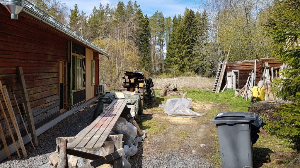 Finsko, rekonstrukce, dvůr