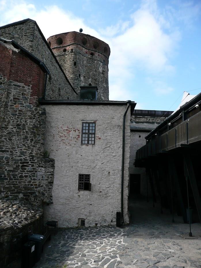 Olavinlinna, hrad, nádvoří hradu, Finsko