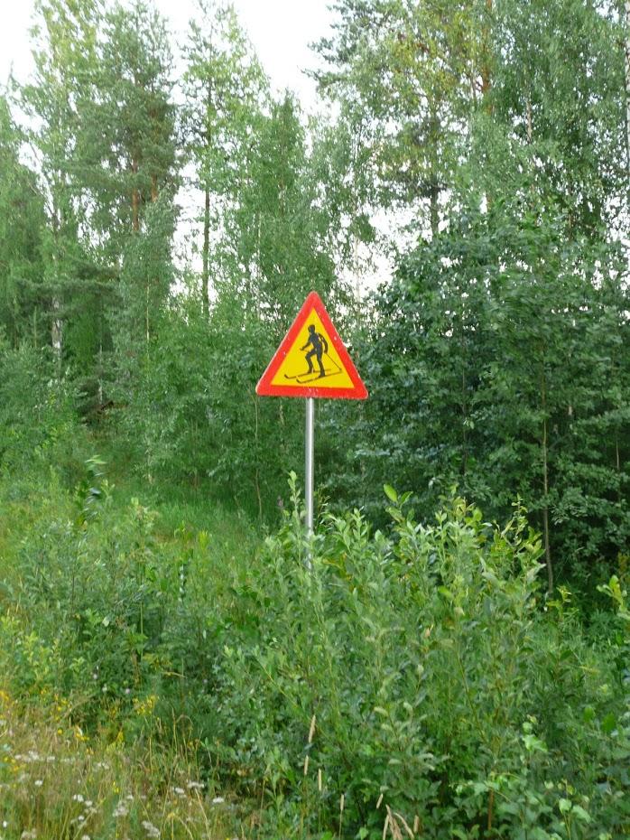 Finsko, dopravní značky