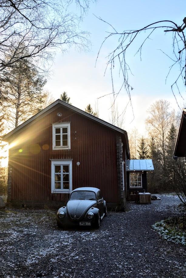 slunce, červený dům, roubenka, dřevostavba, VW, Brouk
