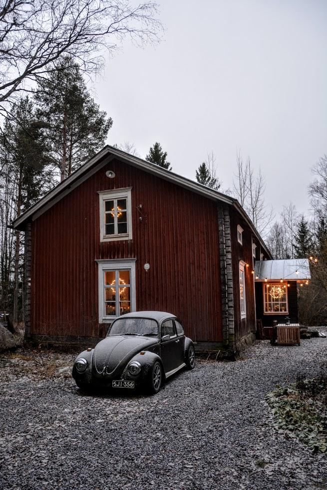červený dům, Finsko, finská dřevostavba, advent, zima