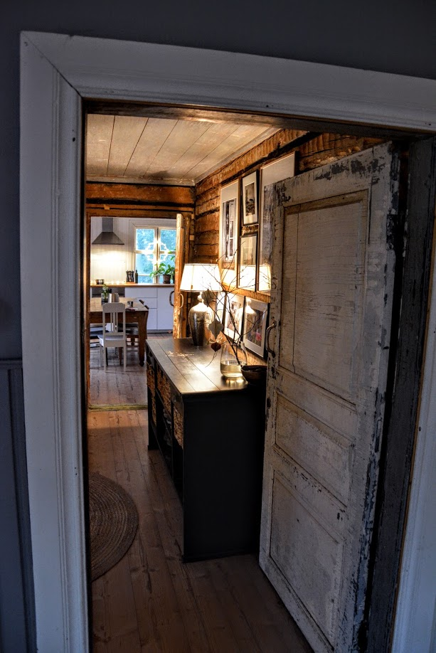 starý dům, dřevostavba, stará roubenka, finská roubenka