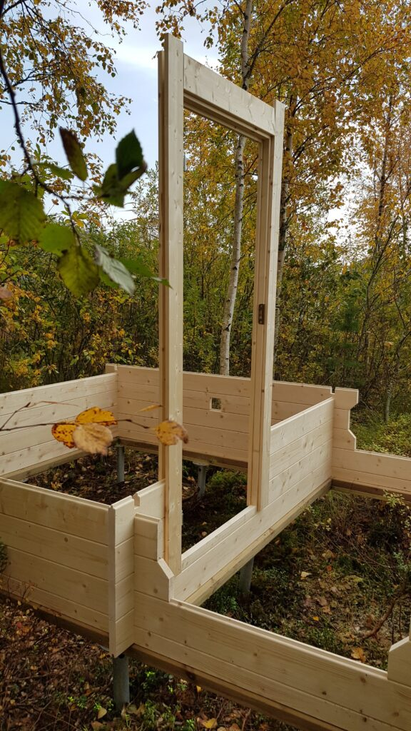 stavba sauny pokračuje
