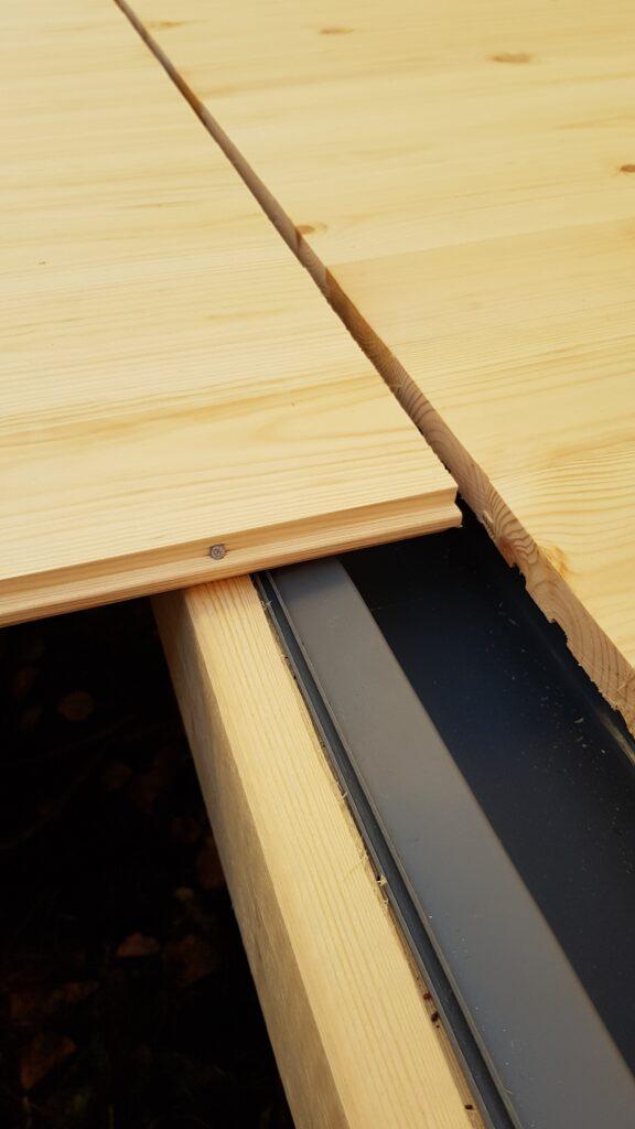 podlaha v sauně