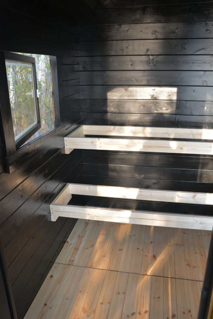 Tikkuri Supi Saunavaha černá sauna