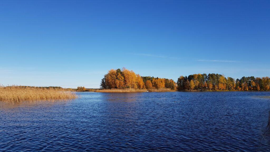 finská jezerní chata