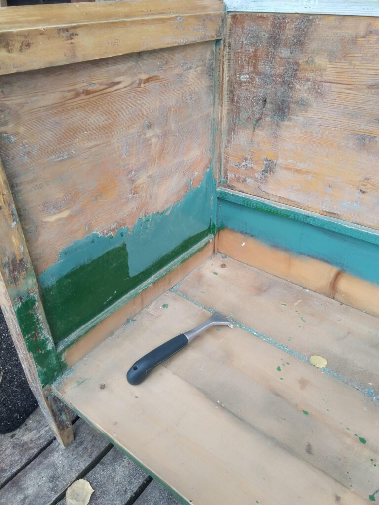 renovace staré lavice